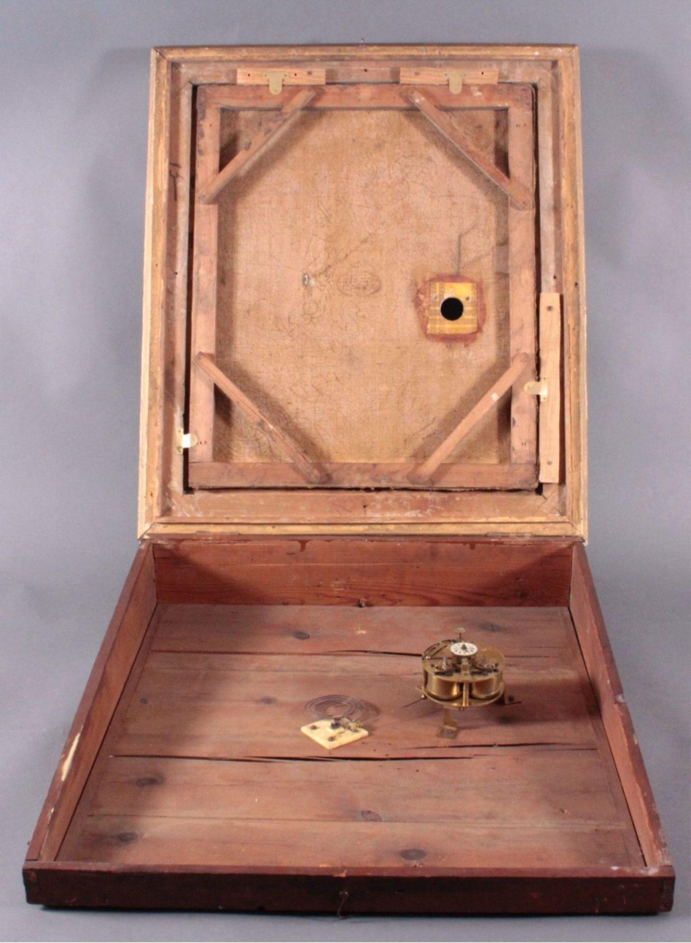 Bilderuhr mit Motiv des Straßburger MünstersFrankreich 19. Jh., vergoldeter Rahmenkasten mit - Bild 3 aus 6