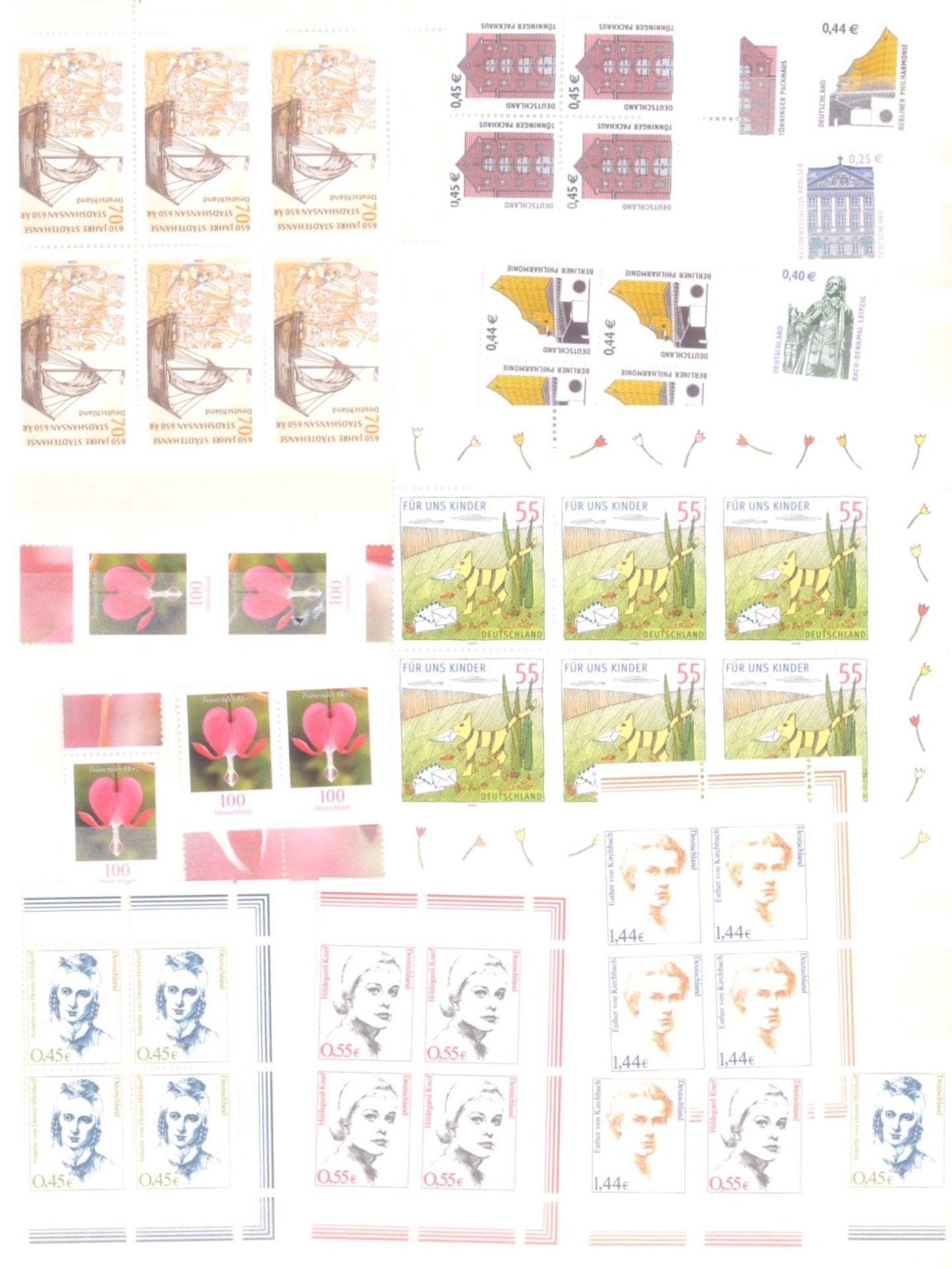 Über 800 Euro Deutsche Nominale, Frankaturware1 Album, dabei Blöcke und Einzelmarken - Bild 2 aus 4