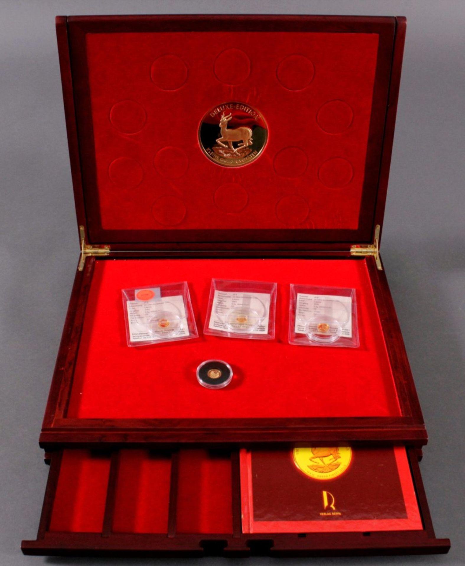4x Die kleinen GoldraritätenInsgesamt 2 g Feingold, 3x 25 Jahre Investment Coin mitZertifikat und