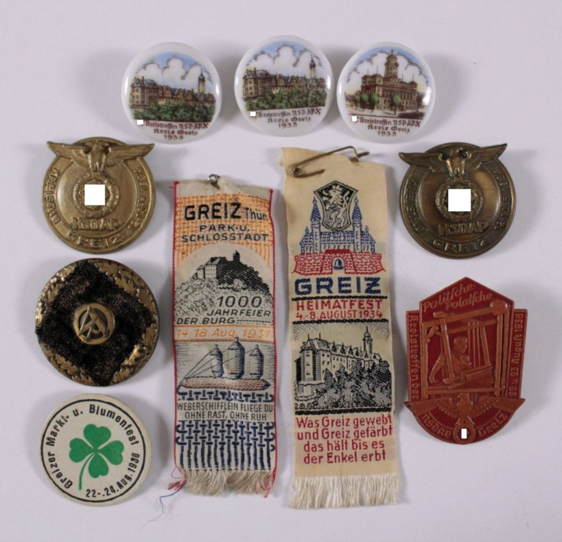 Tagungs- und Veranstaltungsabzeichen Greiz10 Stück von 1934-1937. Seidenbänder-, Leder-, Porzellan-