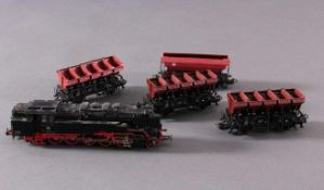 Märklin H0 3709 Dampf-Lok BR 85 007 DB in schwarz mit4 Güterwaggons