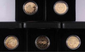 5 Goldmedaillen1x Euro Einführung Slowenien 2007, 333er Gold, Gewicht 6,22Gramm.1x Euro Einführung