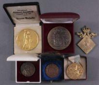 6 Medaillen um 19001x III. Ausstellung für deutsche Kochkunst und verwandteGewerbe, Berlin 1907, ca.