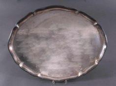 Großes Silbertablett, 830er Silber deutsche PunzeOvales Tablett mit geschwungenem Rand, punziert,ca.