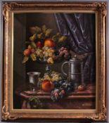 """Werner De Caro (1945 Agsburg)Öl auf Leinwand, """"Obststillleben mit Zinngefäßen"""", rechtsunten"""