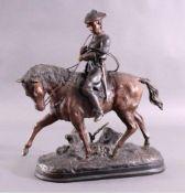 Barye, Antoine-Louis 1796-1875, große BronzeskulpturParadesoldat mit Jagdhorn auf Pferd, auf der