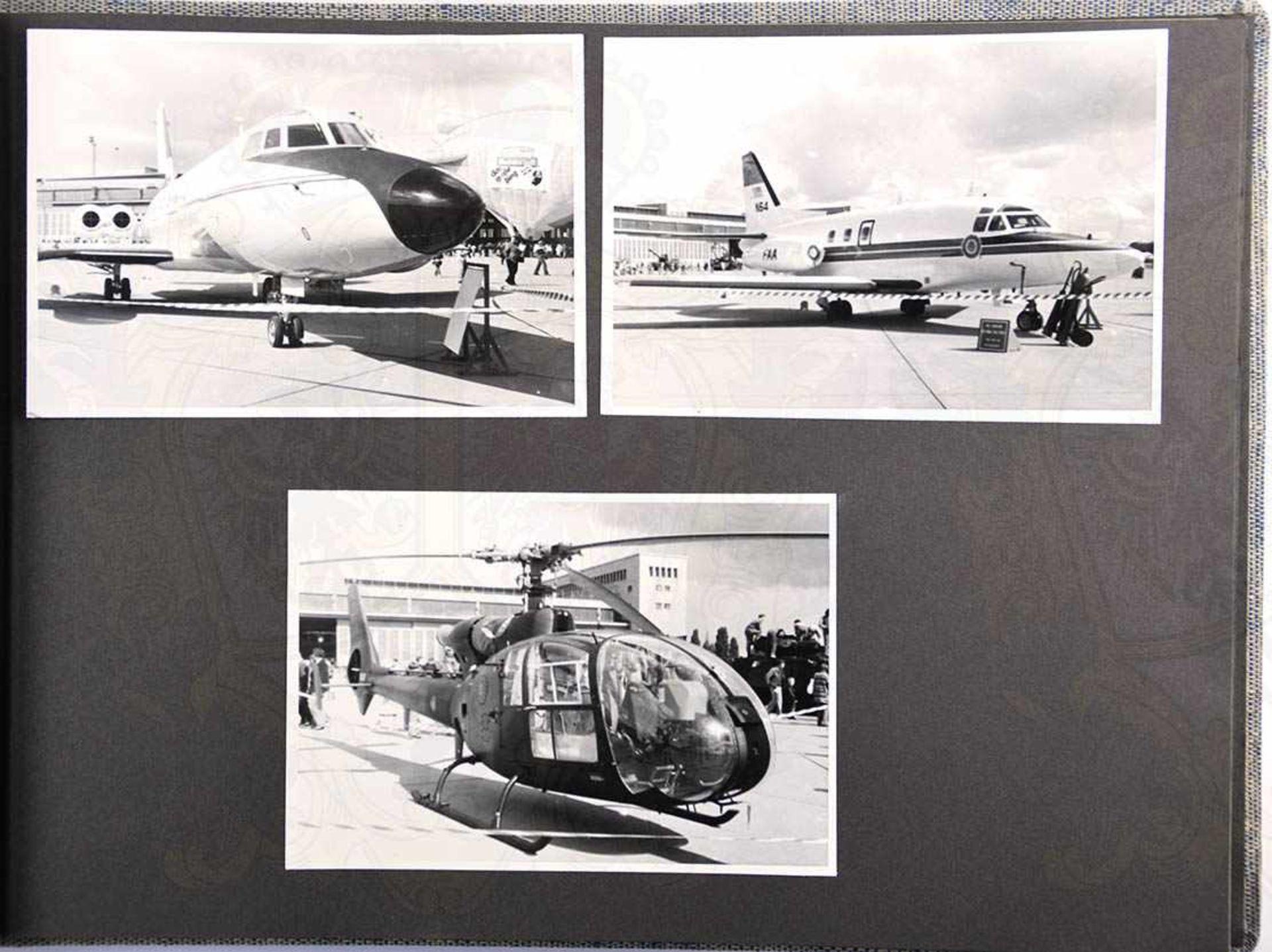 FOTOALBUM FLUGHAFEN BERLIN-TEMPELHOF, Tag der offenen Tür der US-Streitkräfte um 1960, m. 22 Fotos - Bild 2 aus 2
