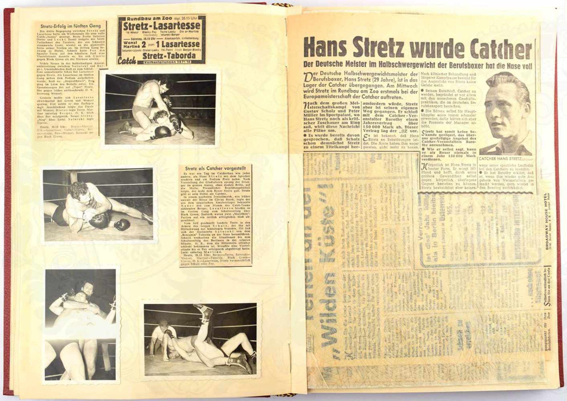 ERINNERUNGSALBUM CATCH BERLIN 1956, großf. gld.gepr. Leder, m. ca. 160 Fotos u. weiteren Druckbilder - Bild 3 aus 4