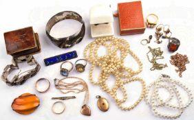 """KONVOLUT ALTER MODESCHMUCK, 1 Teil Gold """"585"""", 3 Teile Silber, punziert """"835"""", """"900"""" u. """"925"""","""