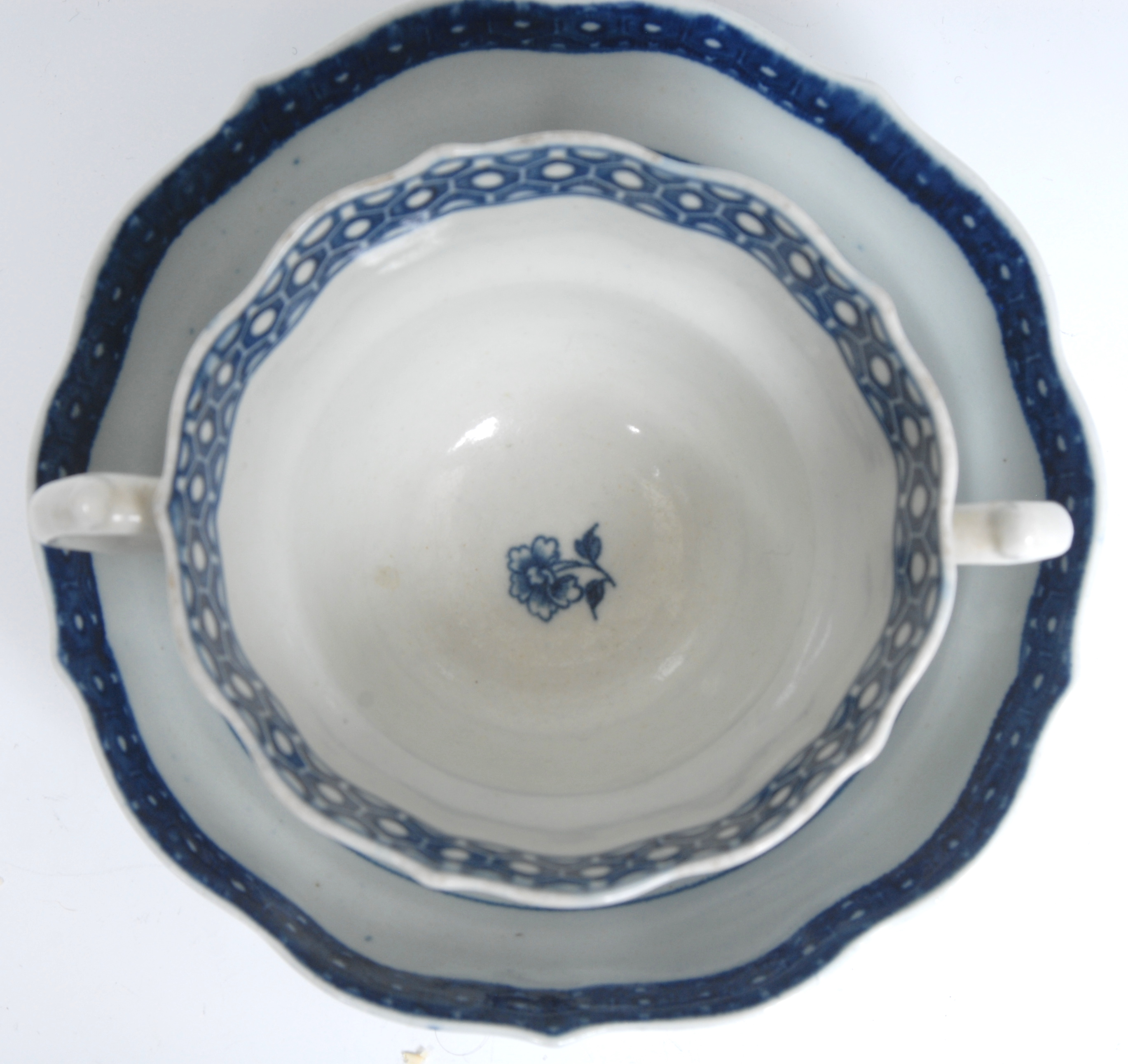 A Worcester Fence pattern ogee shaped chocolate cup and saucer, serpent handles, - Image 5 of 6