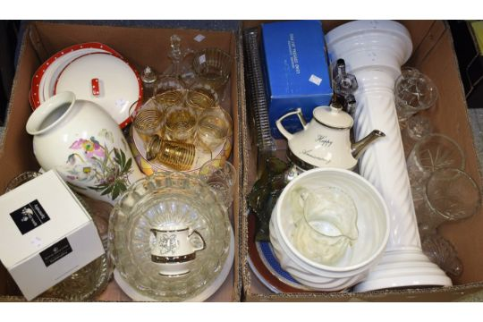 Ceramics And Glass A Large Portmeirion Botanic Garden Vase Cut