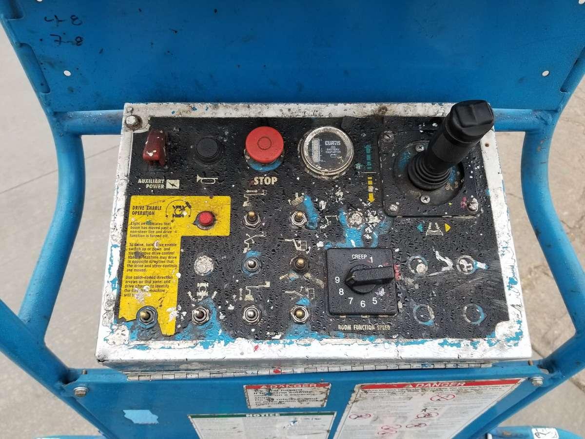 Lot 6 - 1996 Genie Z30-20N Boom Lift