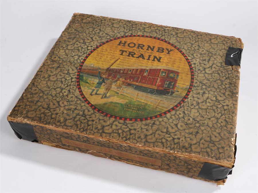 Lot 32 - Hornby 0 Gauge High Voltage Metropolitan Train Set comprising a Maroon and Yellow Metropolitan