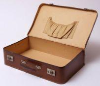 Koffer, 30er Jahre Karton mit Lederoptik, genäht. 10x40x25cm.