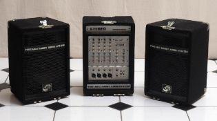 Kompakt-Gesangsanlage 70x41x23cm. Dazu ein kleiner Lautsprecher, 25x16x16cm.