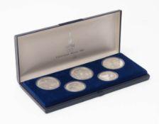Fünf Olympia-Münzen, Moskau 1979/1980 In Kunststoffkapsel im Originalkasten. Silber, Nennwert 5