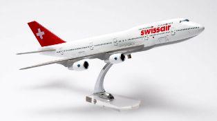 Flugzeugmodell Swissair. Metall und Kunststoff. L.47cm.
