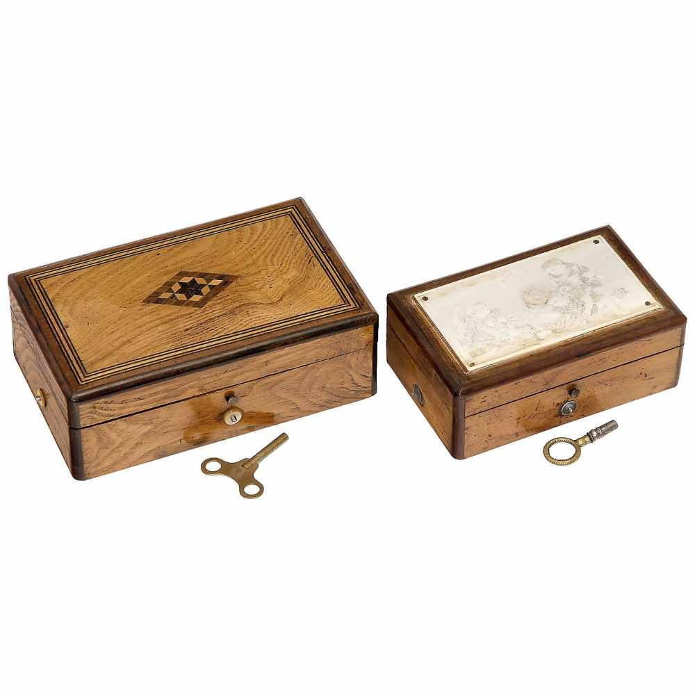 Lot 21 - 2 Attractive Tabatière Musical Boxes, c. 1870-18901) Six-air movement with fine comb of 85 teeth (