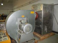 Freund-Vector USA model HCT-48 wet vacuum coating unit. Batch size 5kg to 7 kg. Spray gun system.