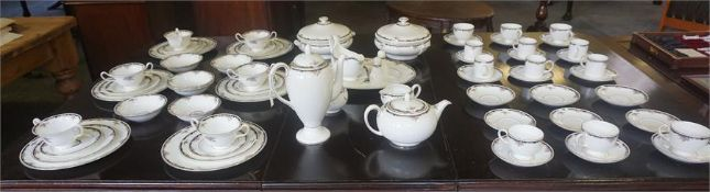 A large Wedgwood Osborne pattern tea, coffee, dinner service