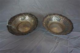 Pair of pierced silver Bon-Bon dishes (2)