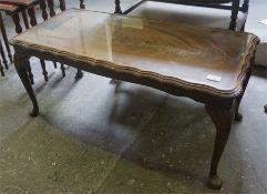 Oak tea trolley, mahogany coffee table, nest of 3 tables (3)