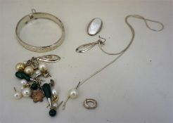 A Quantity Of Assorted Costume Jewellery, to include a silver bangle, earrings, etc, (a lot)