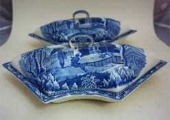 A Davenport Nine Piece Blue & White Supper Set, circa 1800-1820, in a fitted Georgian tray,