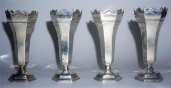 A Set Of Four Edwardian Silver Soli Fleurs, Hallmarks for London 1906, with a scalloped edge above a