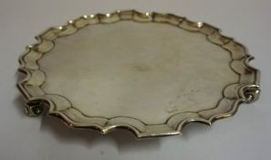 A George V Silver Salver, Hallmarks for Hamilton & Laidlaw & Co, Sheffield 1918, With a scalloped