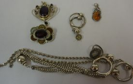 A Mixed Lot of Silver & White Metal Jewellery, to include an Art Nouveau style pendant, set with