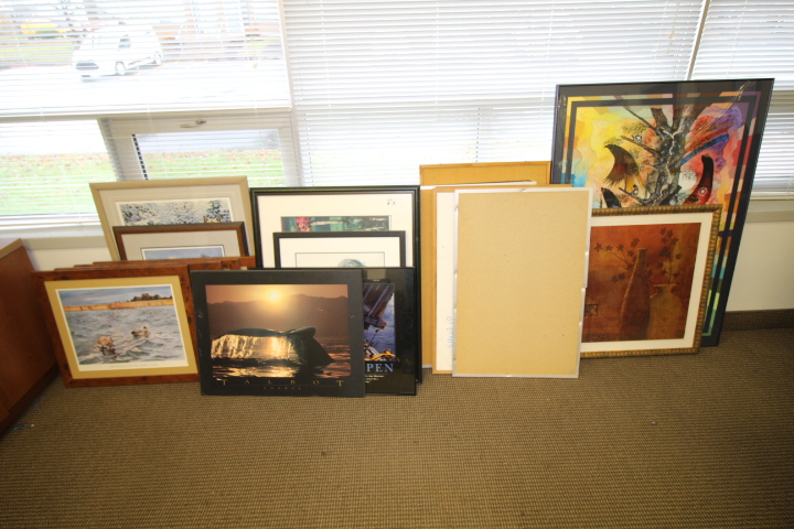 Lot 3 - Lot of Pictures (approx 20 pcs )