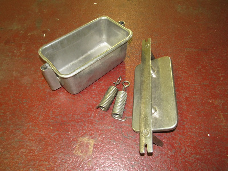 "Lot 4 - Stainless Steel Ham Molds, 6"" W X 12"" L X 5 1/2"" D, in stainless steel bin, 14 Pound Mold, mix of"
