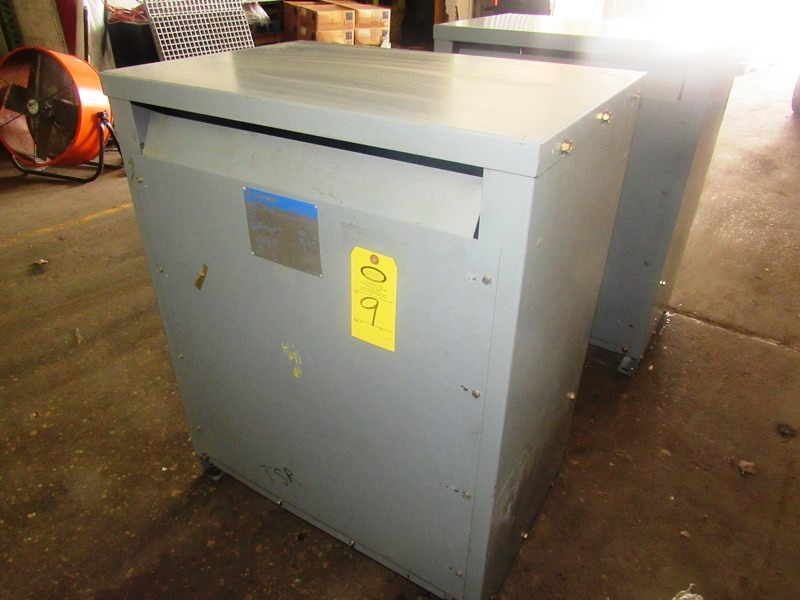 Lot 9 - Challenger Mdl. 3BN Drive Isolation Transformer C-Rise Type 150º, KVA 118, Cat. #123LP3, voltage