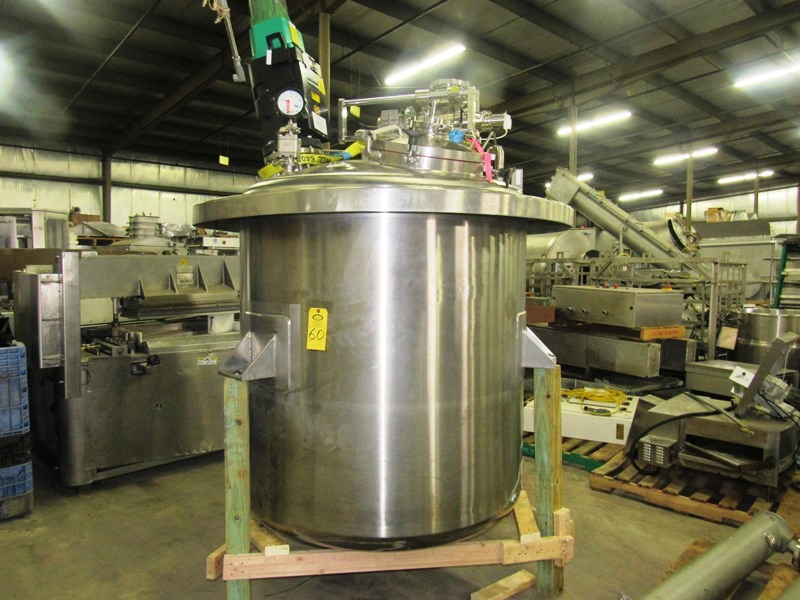 "Lot 60 - Lee Industries Mdl. 525DBT Single Wall Tank, 525 gallon capacity, approx. 58"" Dia. X 52"" D, MAWP"