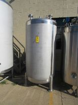 Lot 56 - Lee Industries Mdl. 450DBT Stainless Steel Single Wall Tank, 450 gallon capacity, approximate 4'
