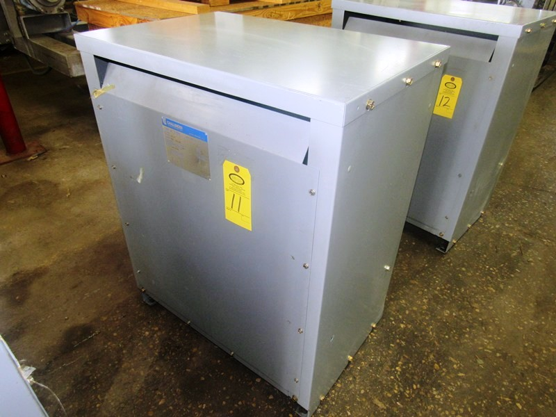 Lot 11 - Challenger Mdl. 3BN Drive Isolation Transformer C-Rise Type 150º, KVA 118, Cat. #123LP3, voltage