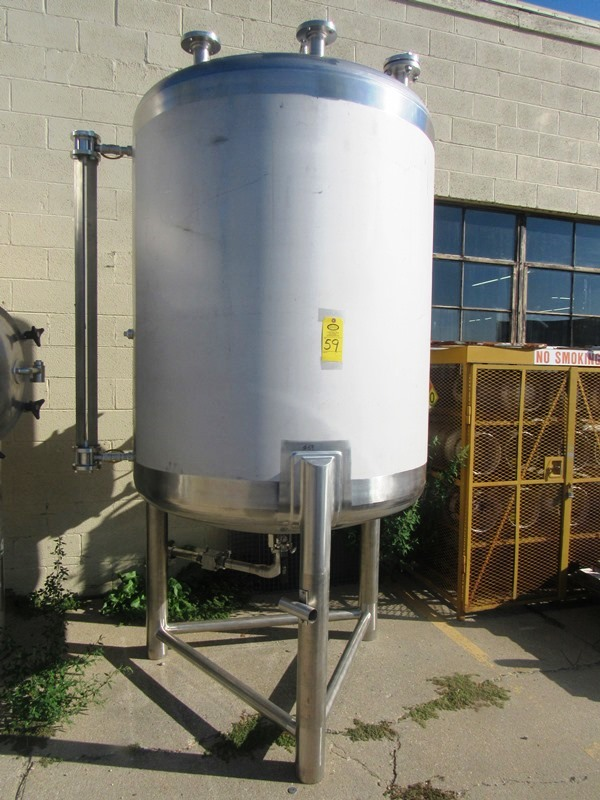 Lot 59 - Lee Industries Model 550DBT Stainless Steel Single Wall Tank, 550 gallon capacity, 4' dia. X 5'