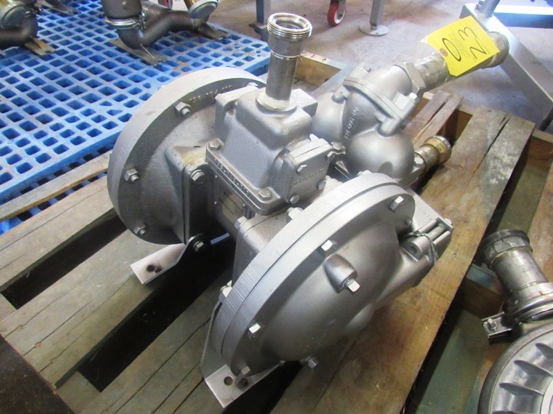 """Lot 23 - Sandpiper Mdl. HDB11/2SGN7SI Air Operated Diaphragm Pump, 1"""" inlet/2"""" outlet"""
