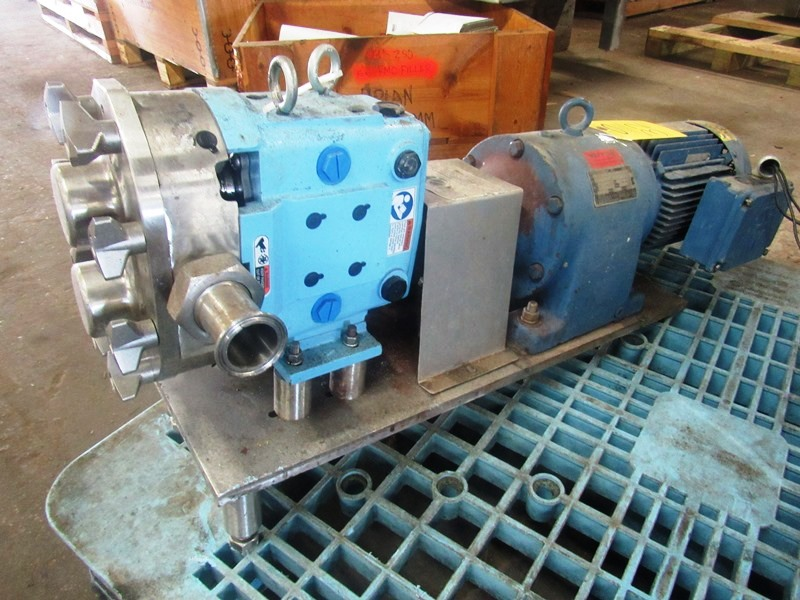 Lot 32 - SPX Mdl. 030U Positive Displacement Pump on 5 h.p. 230/460 volt motor