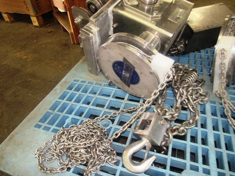 Lot 13 - David Round Stainless Steel Manual Hoist, 2000 Lb. capacity, stainless steel chain container,