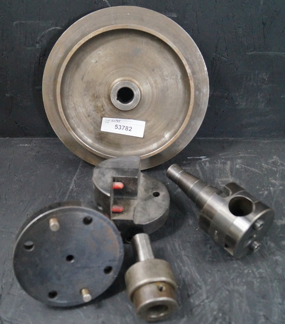 Lot 12 - NMTB40 SQUARE & ROUND BORING HEAD, BORING ADAPTERS