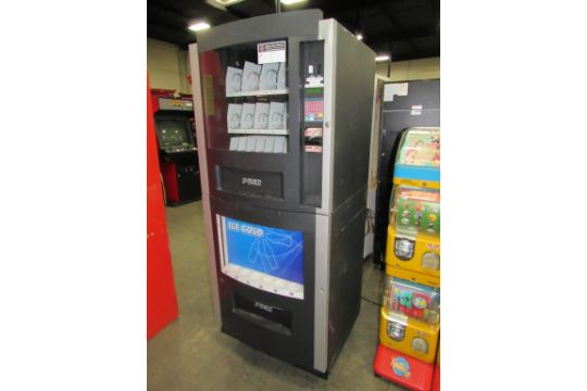 vendmax rc800 soda snack vending machine item is in used condition
