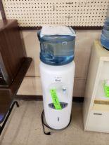 Lot 8 - AVANTI WATER COOLER