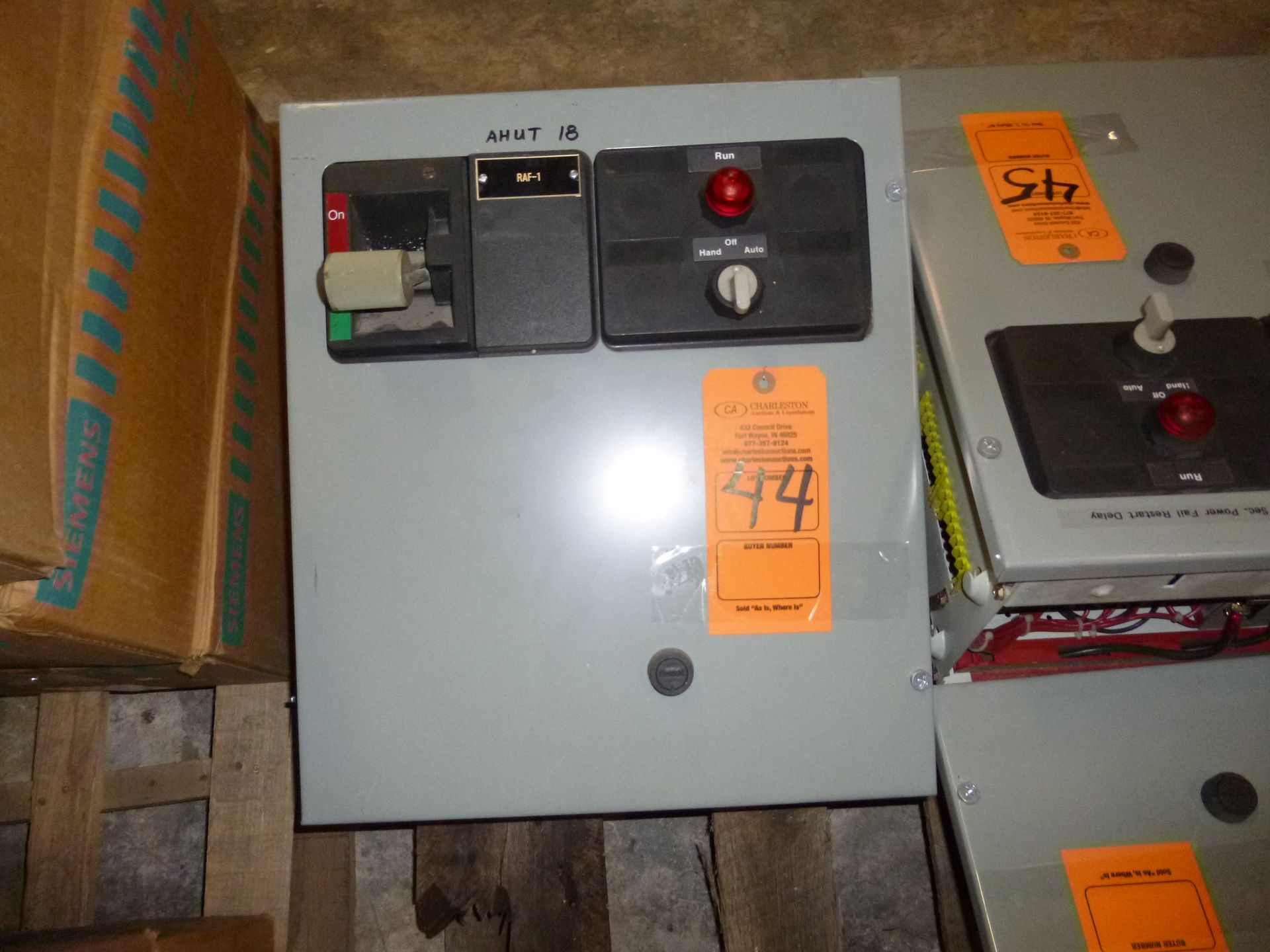 Lot 44 - Westinghouse Motor Control Center, MCC bucket, fusible with starter