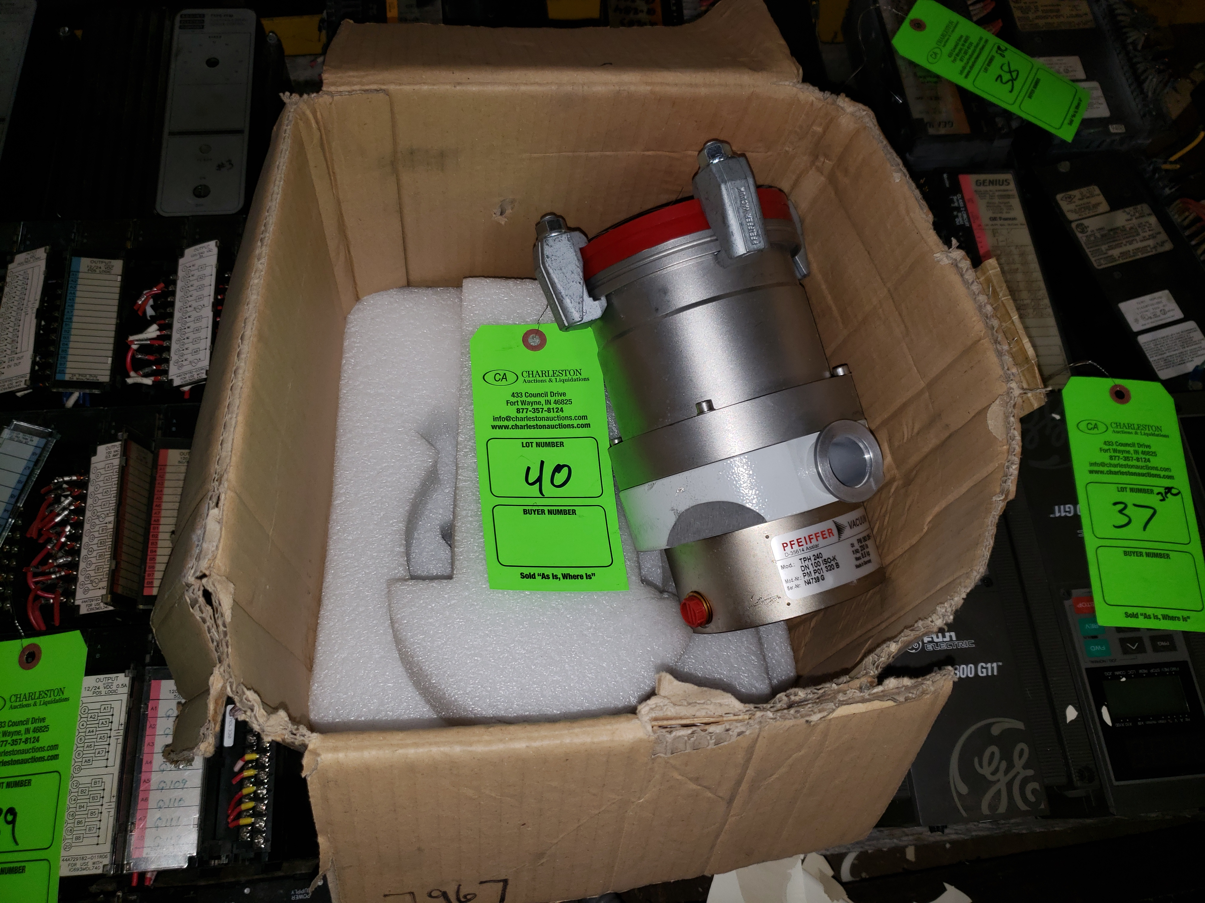 Lot 40 - PFEIFFER VACUUM MODEL-TPH240