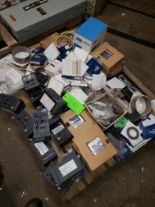 Lot 44 - PALLET OF MISC- PRESSURE CONTROLS; HONEYWELL CONTROLS & VARIOUS REPAIR KITS