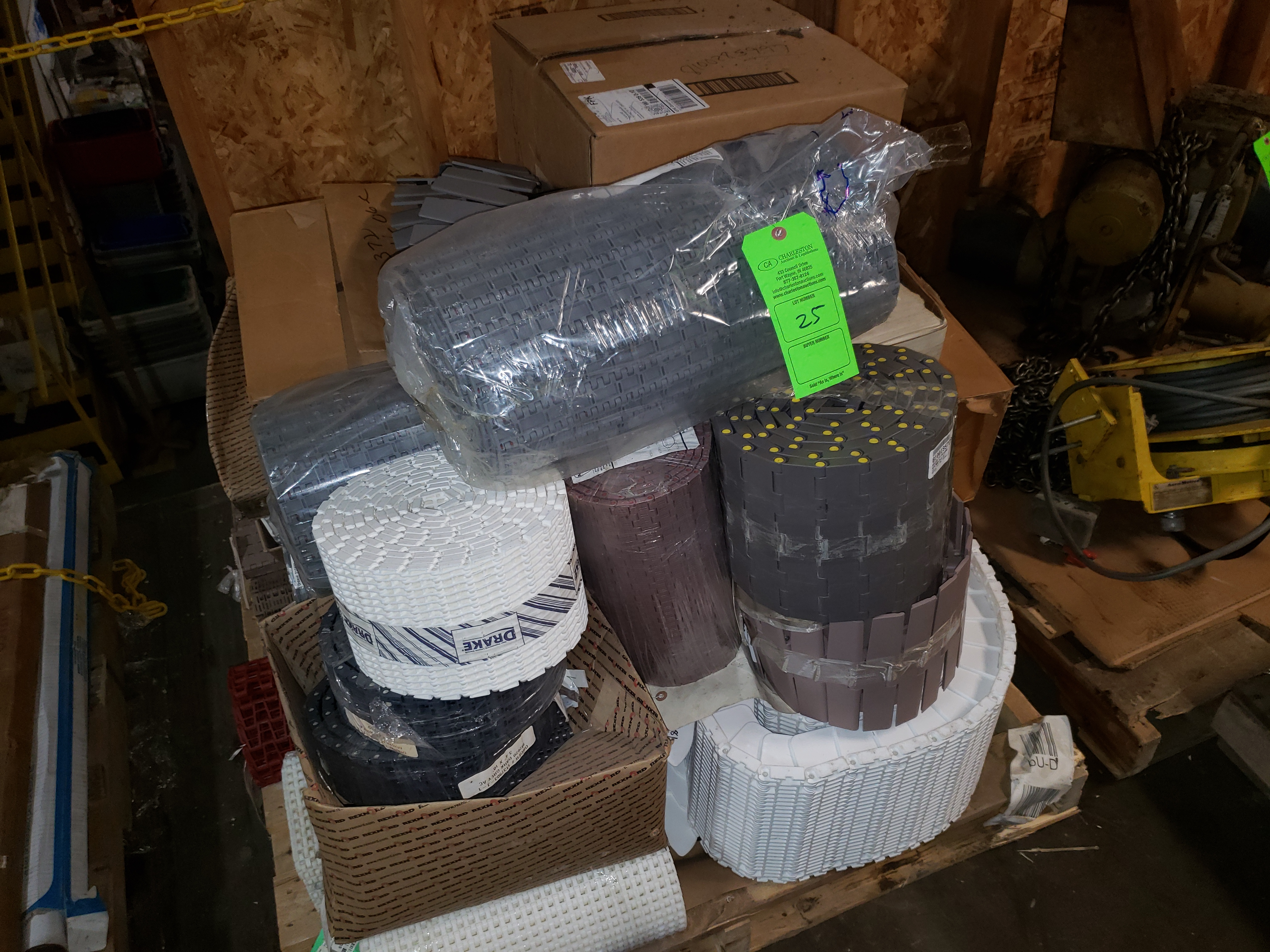 Lot 25 - PALLET OF VARIOUS CHAIN CONVEYOR