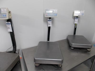 Lot 10 - 150 Lb Capacity Scale | Digital Platform Scale, 150lb. Cap Scale I.D. MC08 | MODEL# FG-60KAL |