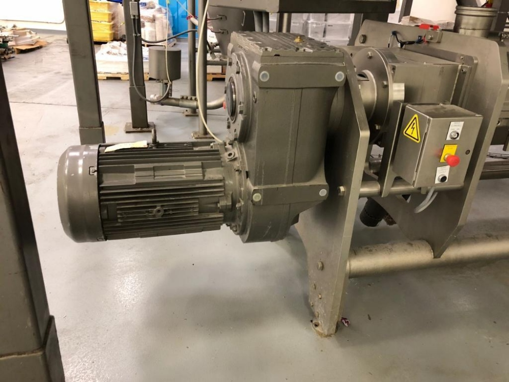 Lot 122 - Reading continuous clamshell mixer w/ liquid addition PART OF CONTINUOUS MIXING LINE** |